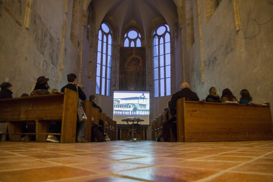 Institute of Documentary Film invites Ji.hlava visitors to unique church screening and discussions with international filmmakers